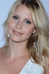 claire-holt-0517.jpg